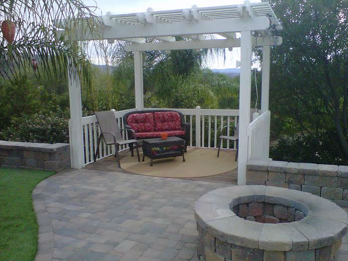 Photo gallery outdoor kitchens fire rings gardens for Sd garden designs
