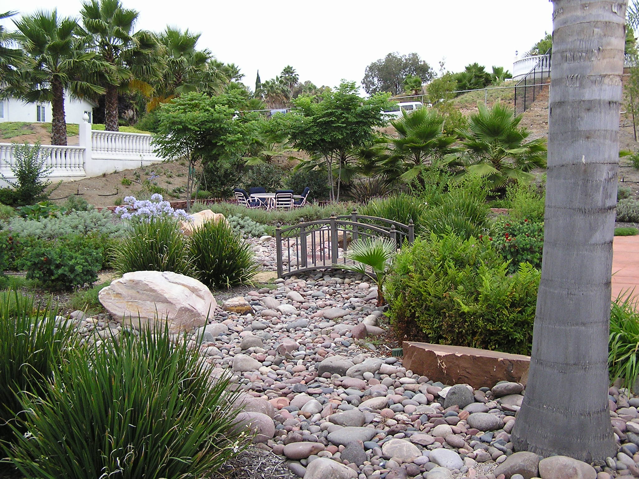 Creating a natural landscape design landscape design san for Natural landscape design